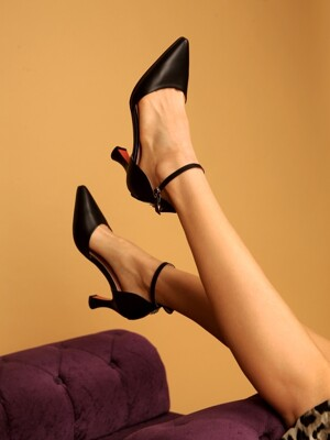 Flower Line Pumps [BLACK]