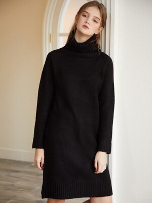 Turtleneck Knit Dress_Black