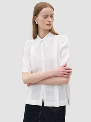 21' Summer_ White Linen Cropped Blouse