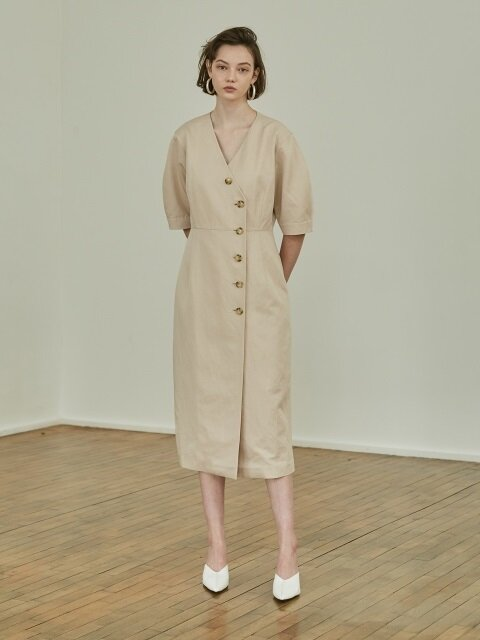 18SS BUTTON VOLUME DRESS BEIGE