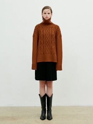 Turtleneck Twisted Knit [Brown]