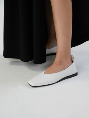 SIMPLE FLAT LOAFER [C9F01WT]