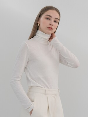 Tencel basic turtle neck tee in ivory