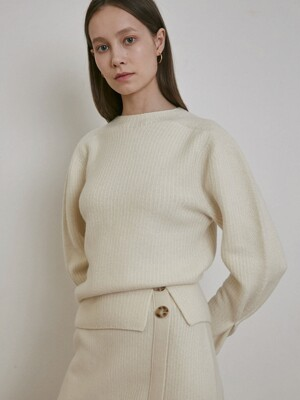 CASHMERE SLIT DETAILED KNIT TOP [BLACK] [IVORY]