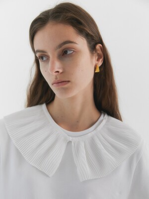 Lala Pleated collar _White