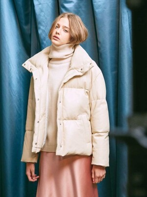 LEATHER DOWN-FILLED JACKET. IVORY