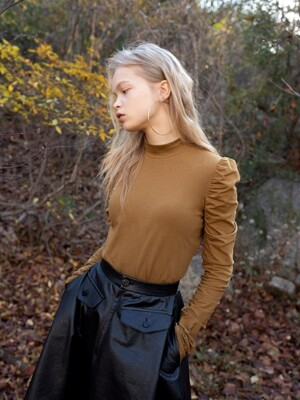 Victoria Puff Long Sleeve Tee (Honey Brown)