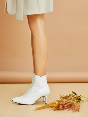 Line ankle boots_White