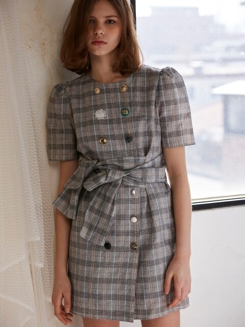 button collection linen dress