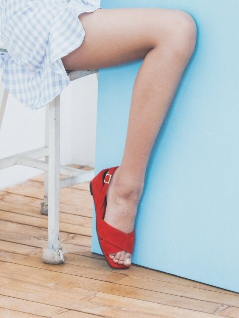 Red x-strap wedge heel comfortable sandle