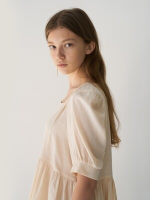 21' Spring_Beige Square Neck Blouse