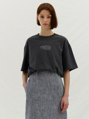 ENOR CROP T-SHIRT - CHARCOAL