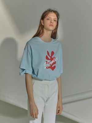 Light blue T-Shirt with red leaf print