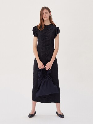 RUCHED CRINKLED DRESS (BLACK)
