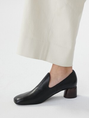 GENTLE SQUARE LOAFER [C9F05BK]