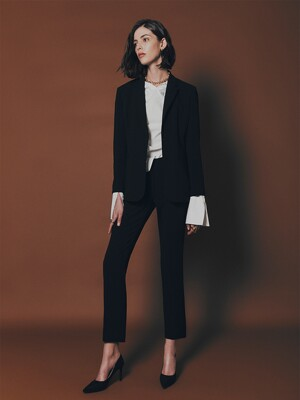 [Drama Signature] Two-button Blazer + Straight Trousers SET (BLACK)