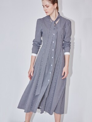 GENOVA A-line flared dress with tie (Black gingham check & white)