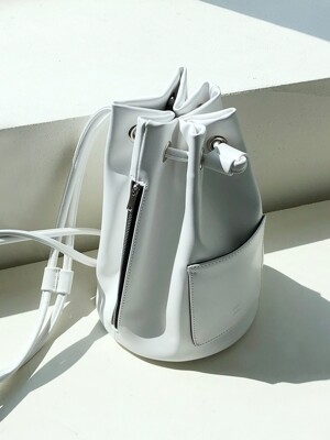 wearable cylinder bag (white)