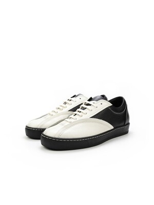 DEF002 Leather Sneakers B&W