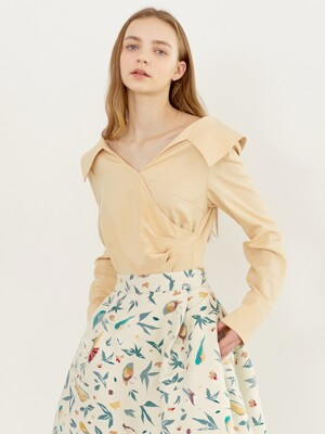 ELLIE V-neck shirred blouse (Butter)