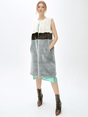 BEYOND LUNGO color point long vest [BLUE]