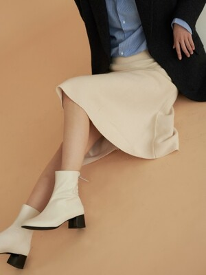 flutter ankle boots - ivory