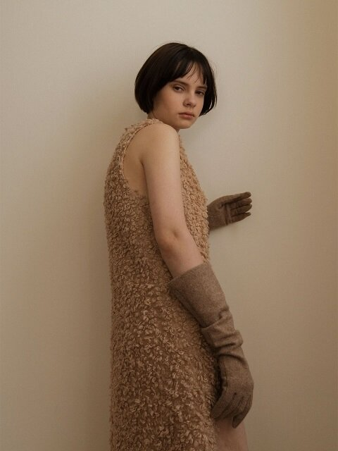ANEMONE GLOVES - BEIGE