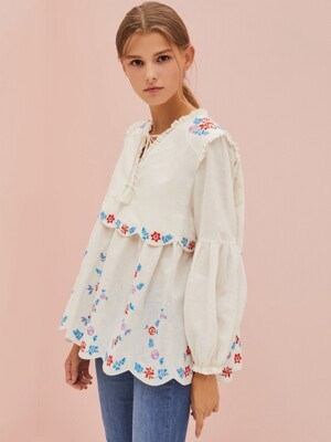 YULIA EMBROIDERED BLOUSE
