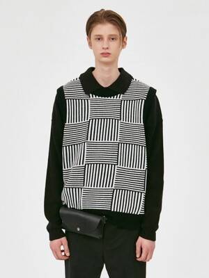 V570 MODIFY STRIPE KNIT VEST_BLACK