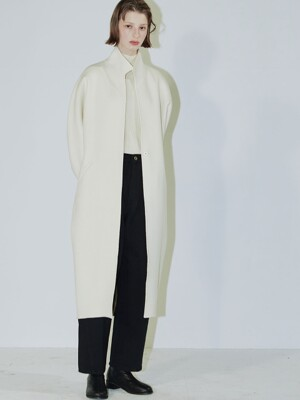 Clo long handmade coat cream