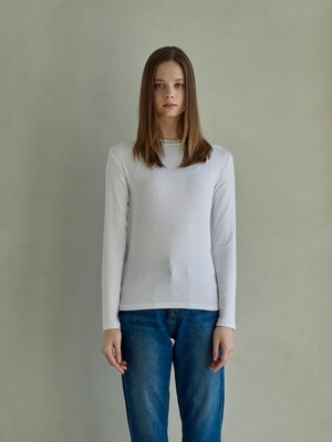 UNIQUE ROUND LONG SLEEVES_WHITE