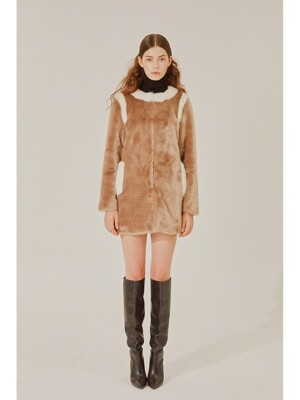 Faux Fur Midi coat(BROWN)