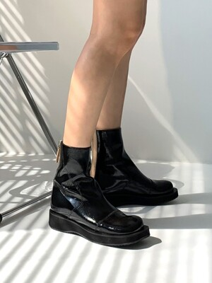 Classic Line Toe Point Ankle Boots