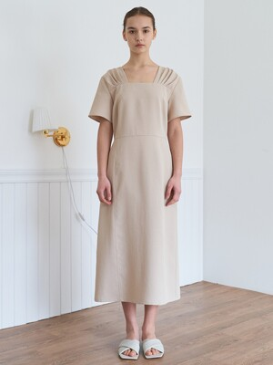 Square neck dress-beige