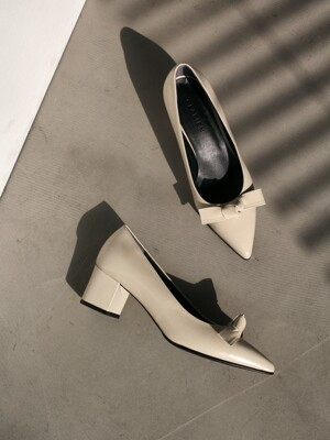 The muse pumps_F_CB0022_milk