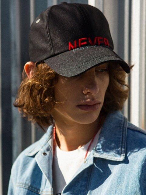 UNISEX NEW GLOSS BASEBALL CAP aaa042u (Black / Red)