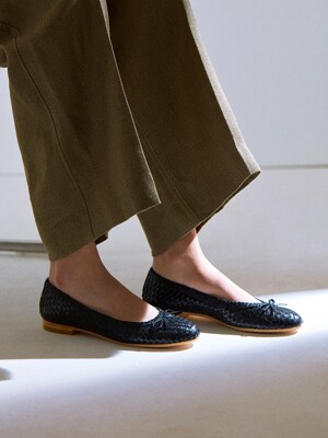 WEAVING LEATHER FLATS_BLACK