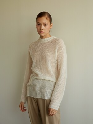 Round Mohair Pullover [White]