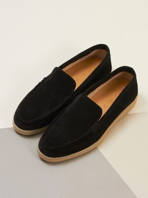 Traveler Loafer R19W071 (Black Suede)