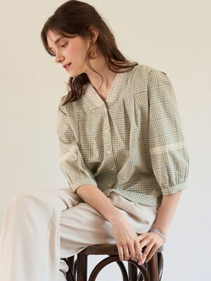 monts 1113 v-neck lace check blouse (green)