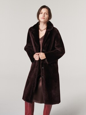 REVERSIBLE  SHEARLING SINGLE COAT. BURGUNDY