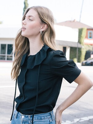 [20SS] LONG BEACH ruffle detail short sleeve blouse  (Black)