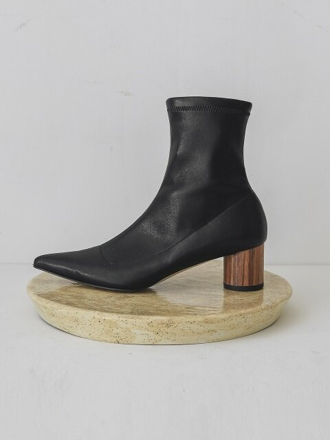 LWF18-5-1 Lamb-Skin Ankle Boots