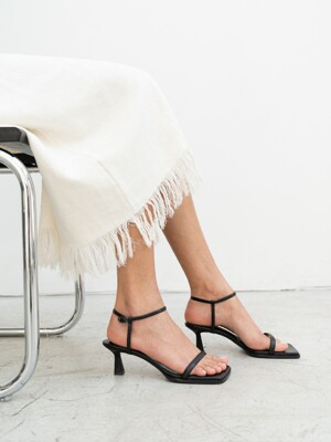 SINGLE POINT SANDAL [C0S08 BK]
