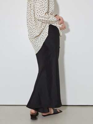 Satin Fishtail Long Skirts_Black