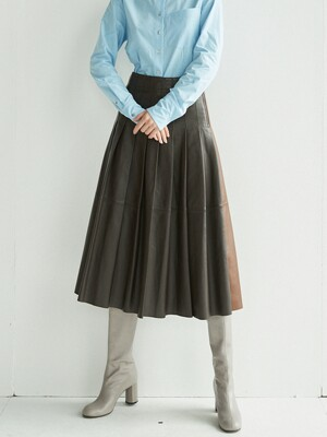 HANNAM Pleated leather skirt (Dark brown/Saddle brown)