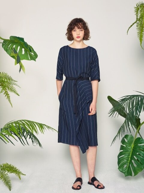 SILK LINEN WRAP DRESS_NAVY STRIPE