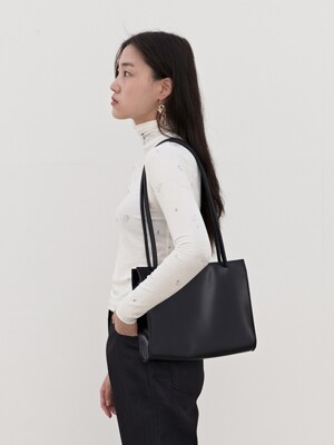 plain square bag bk