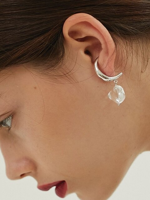 Groove Curve Clean Earring