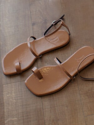 Y.01 Jane candy back T sandals / YY20S-S48 Taupe